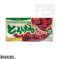 S&B Torokeru Curry medium hot 200g (japanischer Curry)
